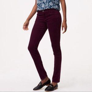 LOFT Size 8/29 Burgundy Velvet Skinny Pants